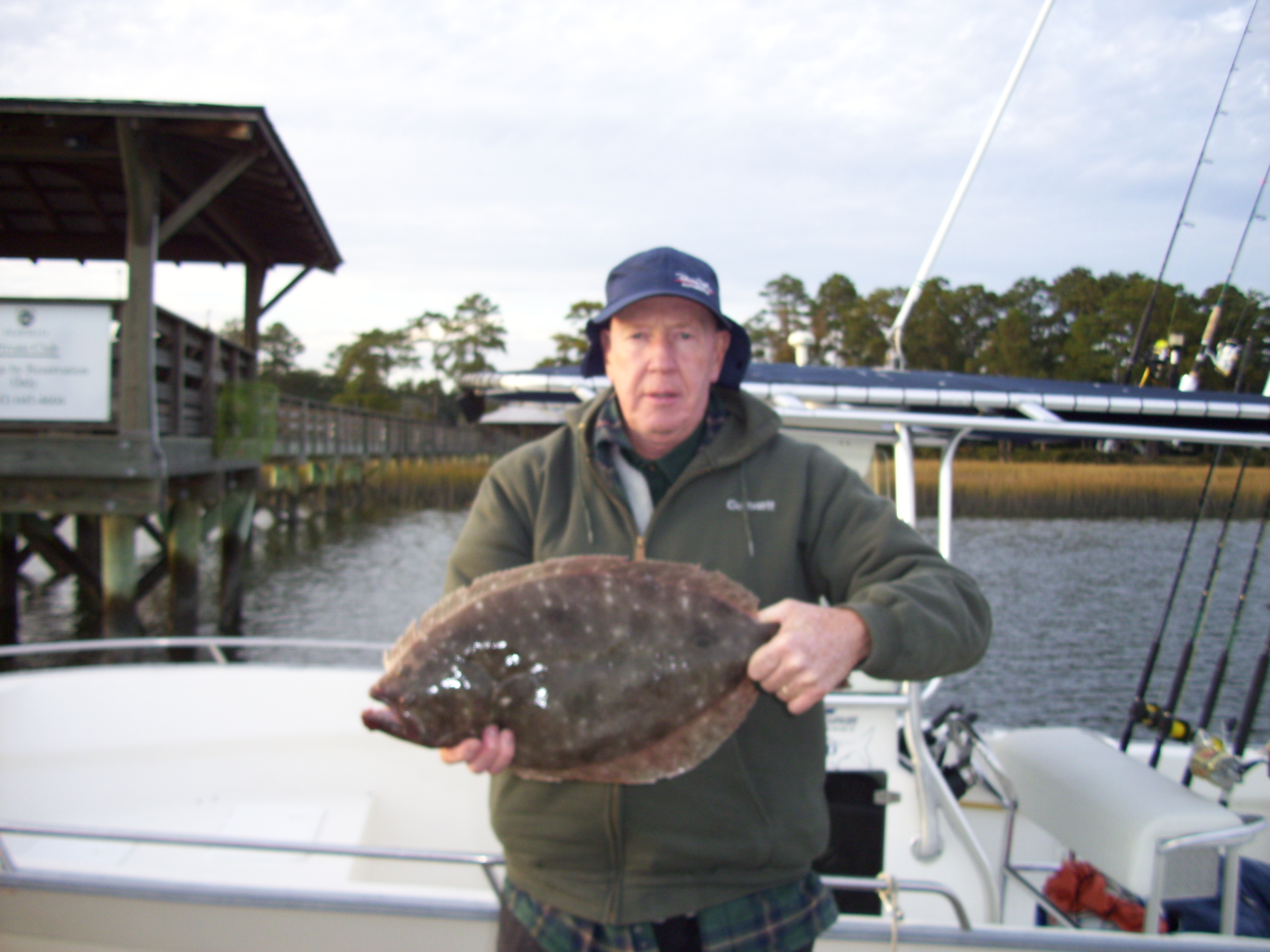 Flounder fishing charters in hilton head south carolina for Hilton head inshore fishing